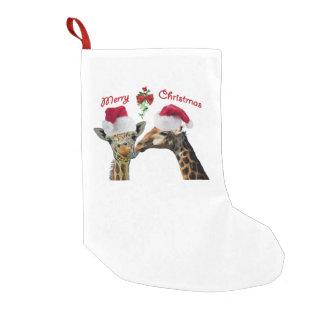 Küssen der Weihnachtsgiraffen unter Mistelzweig Kleiner Weihnachtsstrumpf