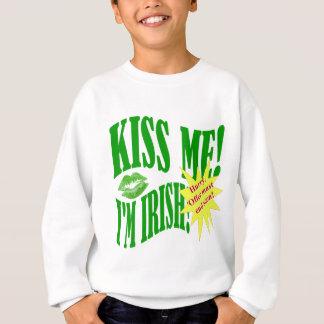 küssen Sie mich, den ich irisch bin, Angebotenden Sweatshirt