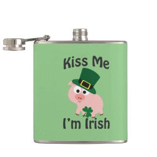 Küssen Sie mich, den ich irisch bin! Schwein Flachmann