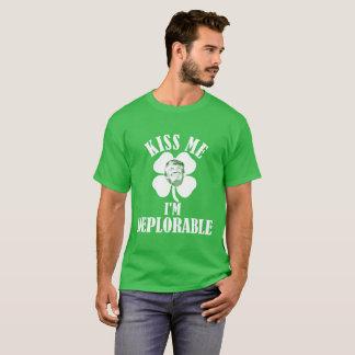 Küssen Sie mich, ich sind bedauernswert T-Shirt