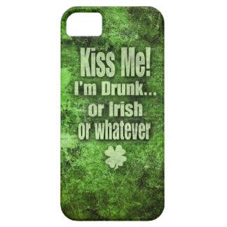 Küssen Sie mich, ich sind betrunken! iPhone 5 Hülle