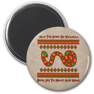 Kwanzaa-Schlange Runder Magnet 5,7 Cm