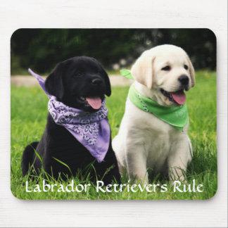 Labrador-Retriever-Regel-Welpen Mousepad