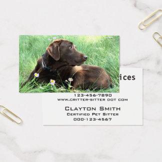 Labrador-Retriever und lila Blumen Visitenkarte