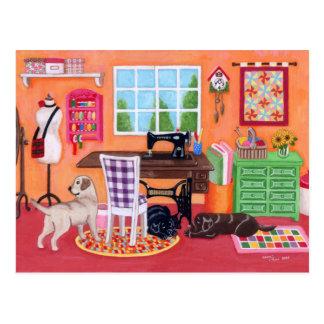 Labradors im nähenden Raum der Mammas Postkarte