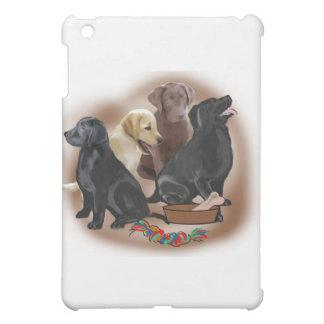 Labradorwelpen mit Spielwaren iPad Mini Hülle