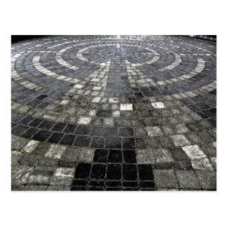Labyrinth Postkarte