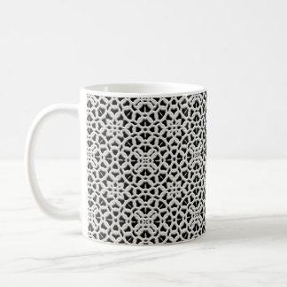 Lacey weiße und schwarze Vintage Kaffeetasse