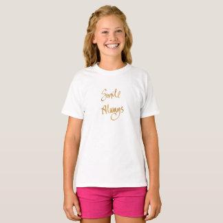 Lächeln immer (Mädchen-Slogan-Spitze) T-Shirt