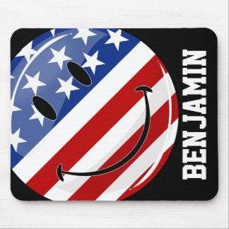 Lächeln ringsum amerikanische Flagge Mousepad