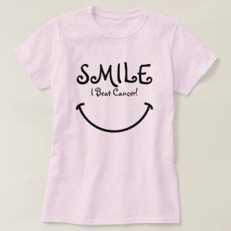 Lächeln, schlug ich Krebs T-Shirt