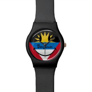Lächelnde Antigua und Barbuda-Flagge Uhr