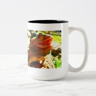 Lächelnde bärtige Drache-Kaffee-Tasse Zweifarbige Tasse