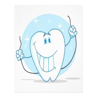 Lächelnde Zahn-Cartoon-Charakter-immer Glasschlack Personalisierte Flyer