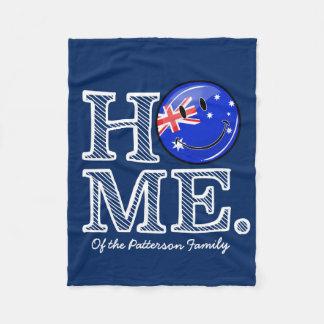 Lächelnder australischer FlaggeHousewarming Fleecedecke