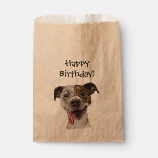Lächelnder Gruben-Stier-Hund, der Geburtstag Geschenktütchen