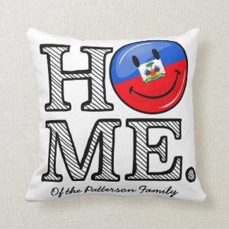 Lächelnder haitianischer FlaggeHousewarming Kissen