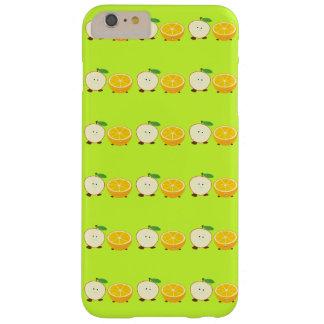Lächelnder halber Apfel und halb orange Barely There iPhone 6 Plus Hülle