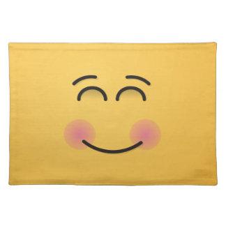 Lächelndes Gesicht mit lächelnden Augen Stofftischset