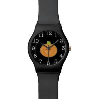 Lächelndes Halloween-Kürbisplätzchen Armbanduhr