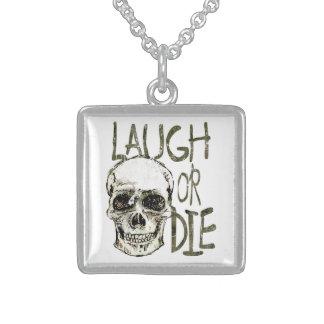 Lachen Sie oder die Halskette Mit Quadratischem Anhänger