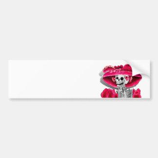 Lachende Skeleton Frau in der roten Mütze Autoaufkleber