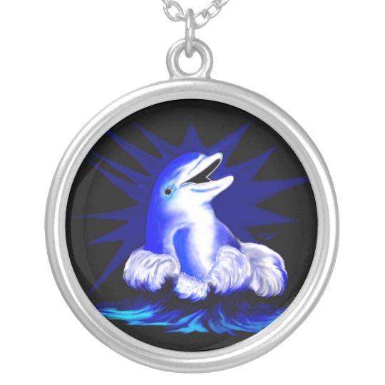 Lachender Delfin Versilberte Kette