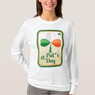 Ladys langes Hülsen-Shirt mit St Patrick Karte T-Shirt