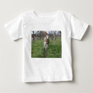Lamm und Schafe Baby T-shirt