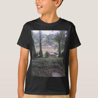 Land-Fluss T-Shirt