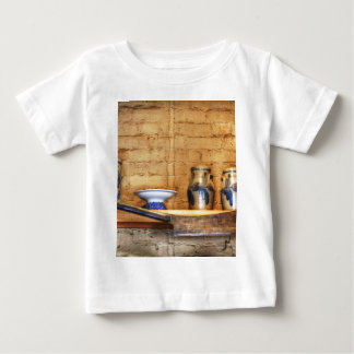 Land-Küchen-Regal Baby T-shirt