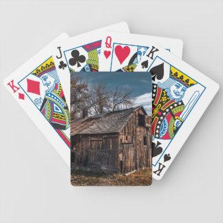 Ländliche Bauernhof-Kabine oder alte Scheune Bicycle Spielkarten