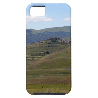 Landschaft in den Sibillini Bergen in Italien iPhone 5 Etuis