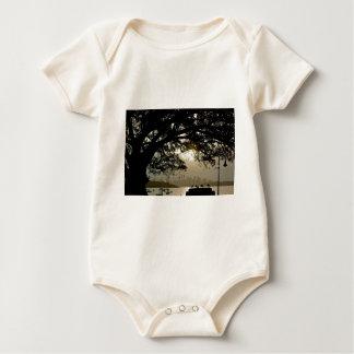 Landschaftliche Ansicht SydneySkyline Baby Strampler