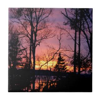 Landschaftlicher rosa und orange Sonnenuntergang Keramikfliese