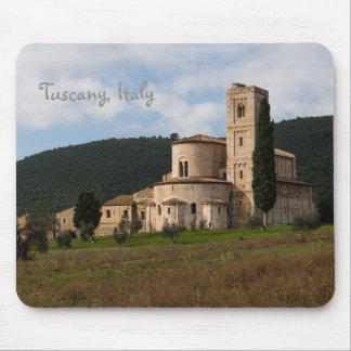 Landschafts-Landschaftshaus Toskana, Italien Mousepads