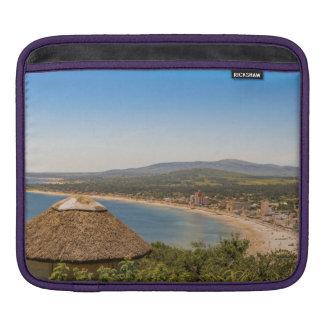 Landschaftsluftaufnahme Piriapolis Uruguay Sleeve Für iPads