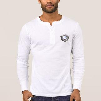 Langes Hülsen-Shirt der Männer mit einem Vintagen T-Shirt