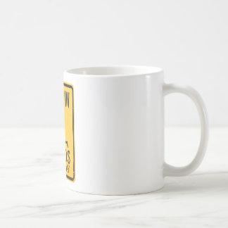 Langsamer Verstand am Spiel - lustiger Kaffeetasse