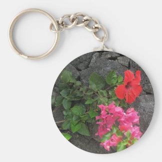 Lanzarote-Lava-Felsen mit Blumen Schlüsselanhänger