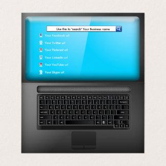 Laptop mit Schirm und Sozialmedium-Ikonen Karte