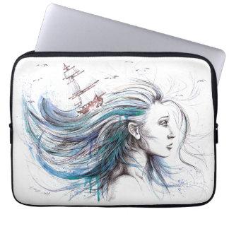 """Laptophülse Kunst """"des Ozean-"""" Mädchens surreale Laptop Sleeve"""