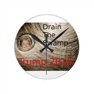 Lassen Sie den Sumpf Trumpf-Clinton politischen Runde Wanduhr