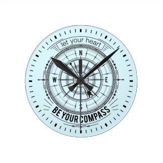 Lassen Sie Ihr Herz Ihr Kompass sein Runde Wanduhr