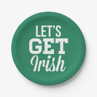 Lässt irischen Papier-Teller St. Patricks erhalten Pappteller