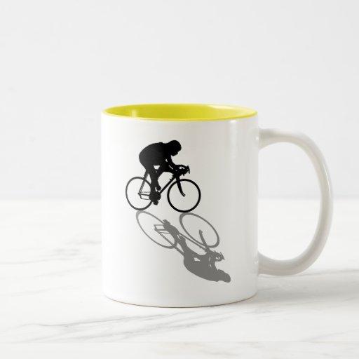 Laufen der Fahrrad-Radfahrer, die Sportfangeschenk Tassen