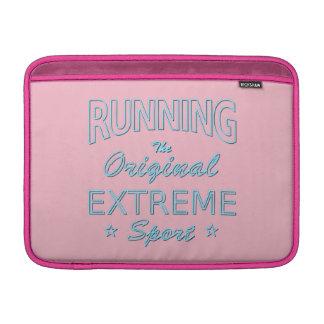 LAUFEN, der ursprüngliche extreme Sport (blaues MacBook Air Sleeve