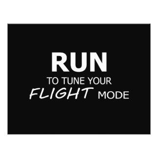 Laufen Sie um Ihren Flug-Modus abzustimmen Flyer