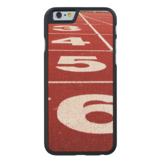 Laufende Bahn Carved® iPhone 6 Hülle Ahorn