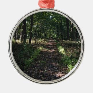 Laufende Spuren sind die besten Spuren Silbernes Ornament